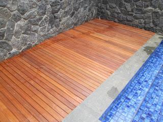 Harga lantai kayu Ulin terbaru untuk outdoor