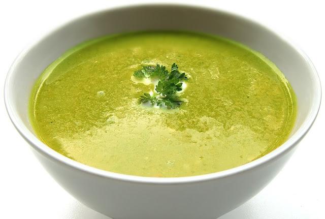 sopa de alho poró