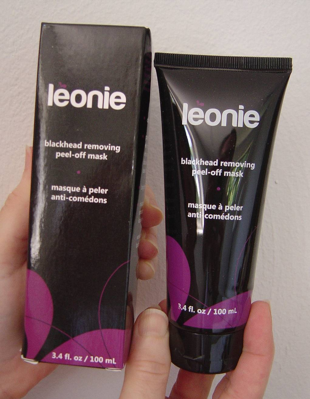 Léonie Blackhead Removing Peel-off Mask.jpeg