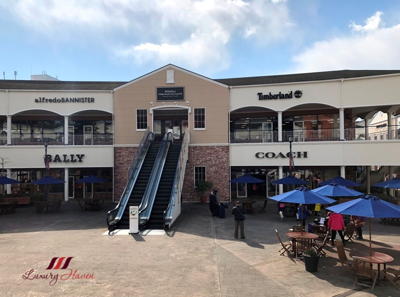 japan premium outlet shopping rinku town
