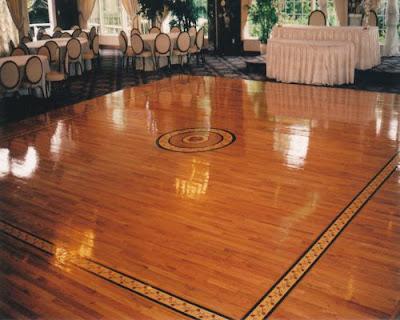 Làm mới không gian thiết kế cùng sàn gỗ giáng hương
