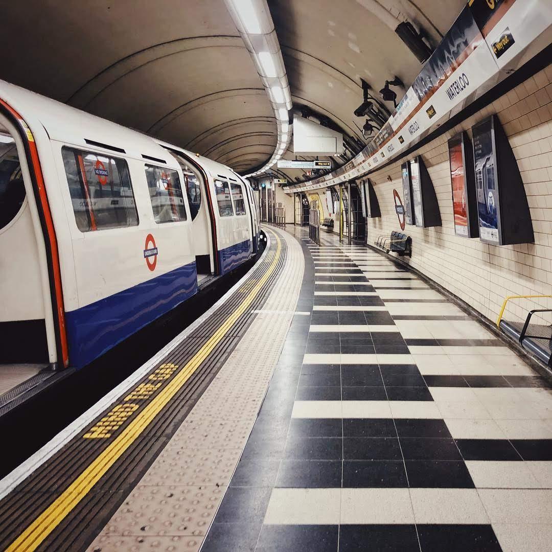 метро лондона и его билеты фото это самостоятельный