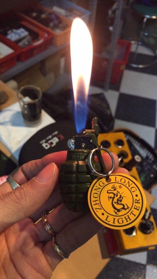 33k - Bật lửa lựu đạn giá sỉ và lẻ rẻ nhất