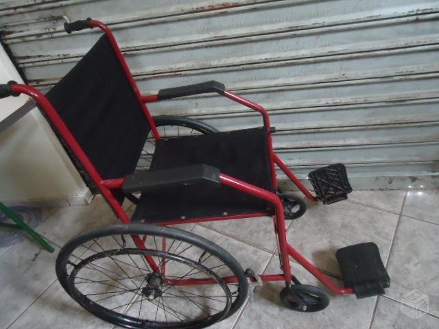 Senhora que fez apelo por cadeira de rodas aqui no Coisas da Vida conseguiu uma