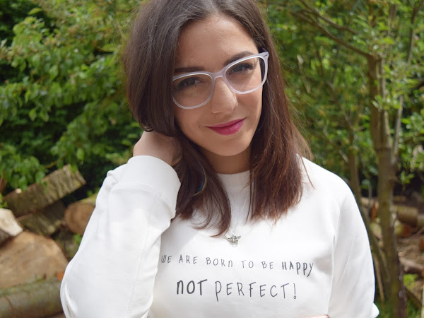Style | Clear White Frames