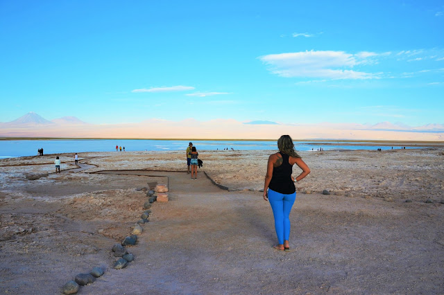 Di só observando o horizonte na Laguna Tebinquiche