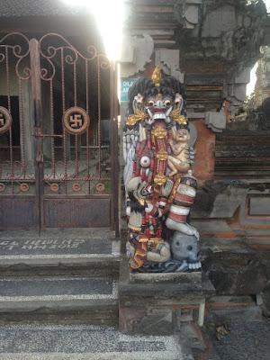 aide leit-lepmets indoneesia inspiratsioon väravad