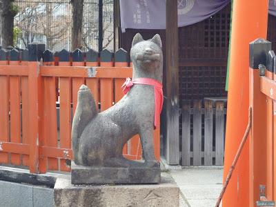 姫嶋神社玉榮稲荷神社白狐