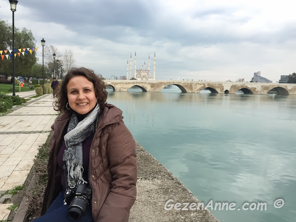 gezenanne Seyhan nehri kıyısında, Adana