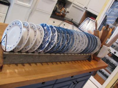 may days vintage chicken feeder dish rack