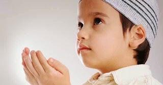 Nama Bayi Laki Laki: Rangkaian Nama Bayi Laki Laki Islami Dan Artinya