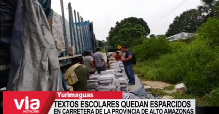 Textos escolares para la región Loreto quedan esparcidos en carretera tras accidente [VIDEO]