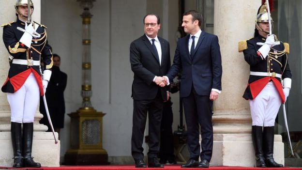 Emmanuel Macron was welcomed at the Élysée Palace by his predecessor, Francois Hollande