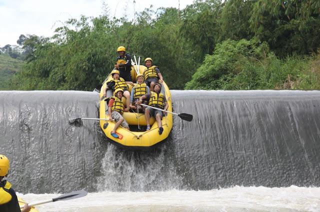 Destinasi Wisata Arum Jeram Cisadane Bogor