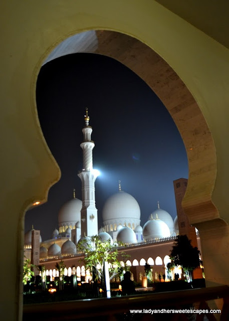 Abu Dhabi's Sheikh Zayed Grand Mosque