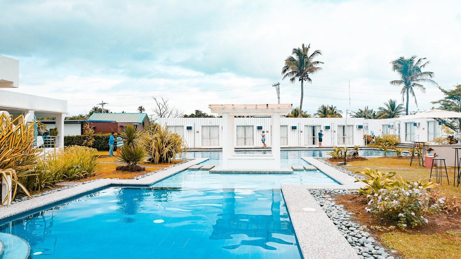 Resort with swimming pool in Baler, Aurora