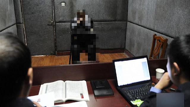 Interrogatório policial na China