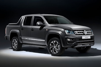 Volkswagen Amarok Dark Label (2018) Front Side