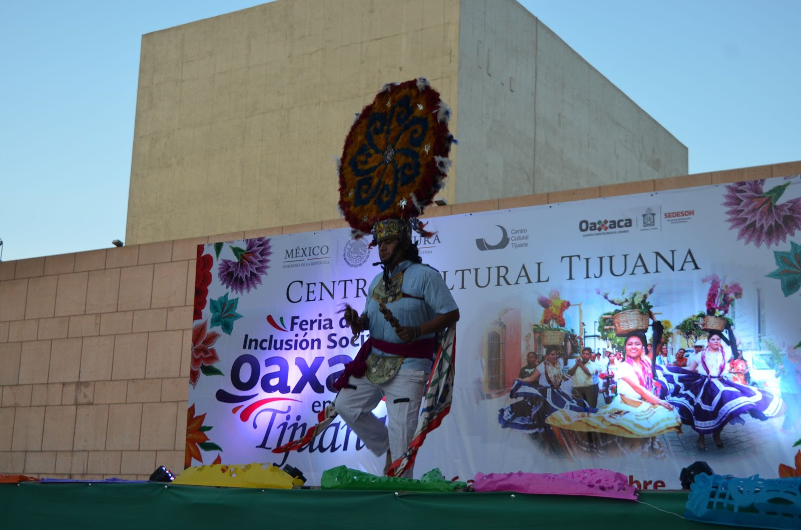 c64fc727702c Enmarcó el CECUT la Feria de Inclusión Social de Oaxaca en Tijuana ...