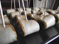 Blog de recettes de cuisine sans gluten sans caséine sans sucre des crêpes roulées aux pruneaux et jambon cru
