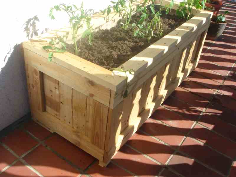 Garden Centre: Used Wooden Pallets Furniture