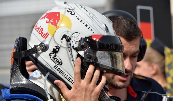La FIA prohibirá cambiar el diseño de los cascos a los pilotos