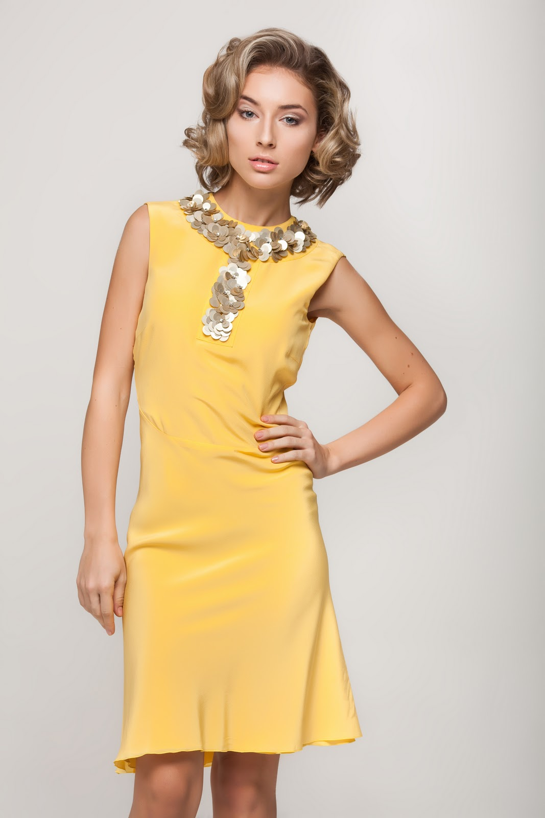 8c5a1ada017 Фотосессия для сайта по прокату вечерних платьев rcarpet.ru