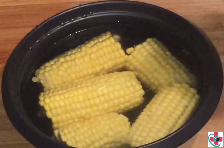 How to Boil Maize Corn