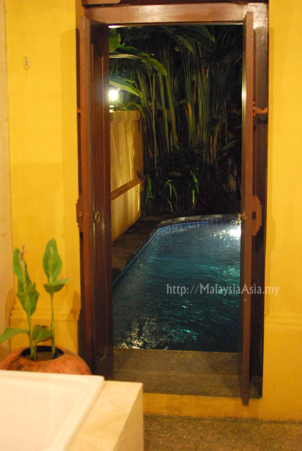 Bathroom at Holiday Villa Bali Diwangkara