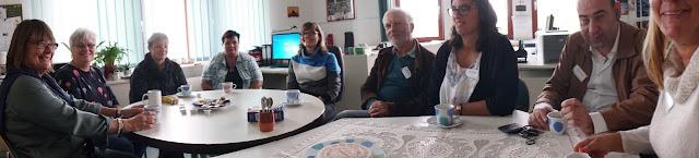 Fotografia da reunião informal, durante o intervalo da manhã
