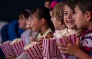 Σε ποια ηλικία πρέπει να πάει πρώτη φορά το παιδί κινηματογράφο