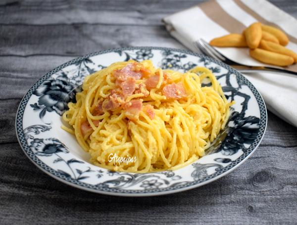 Espaguetis a la Carbonara. Vídeo Receta