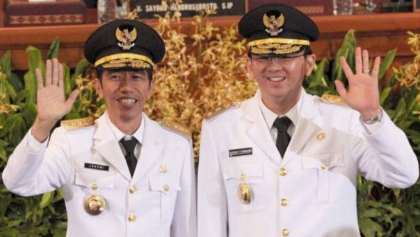 Presiden Jokowi (saat menjabat Gubernur DKI) dan Gubernur DKI Jakarta Ahok