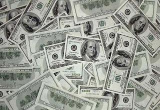 في يوم محاكمة مرسي 4.11.2013 البورصة ترتفع والدولار يتراجع والبنوك تعمل بشكل طبيعي على موقع ايجى كول