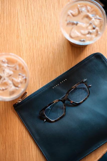 Men's Summer Style, How to Wear a Pattern Suit, Thom Browne Eyeglasses, Hugo Boss Bag