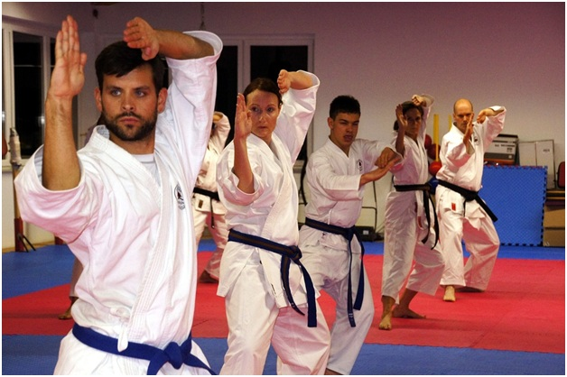 Right Martial Arts Class in Scarborough