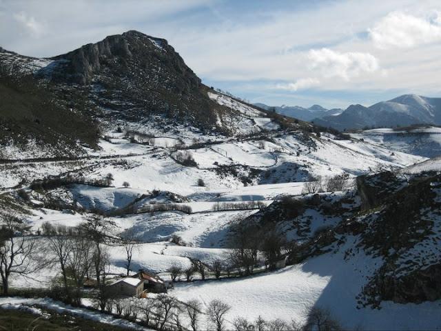 Rutas Montaña Asturias: De vuelta del Caldoveiru
