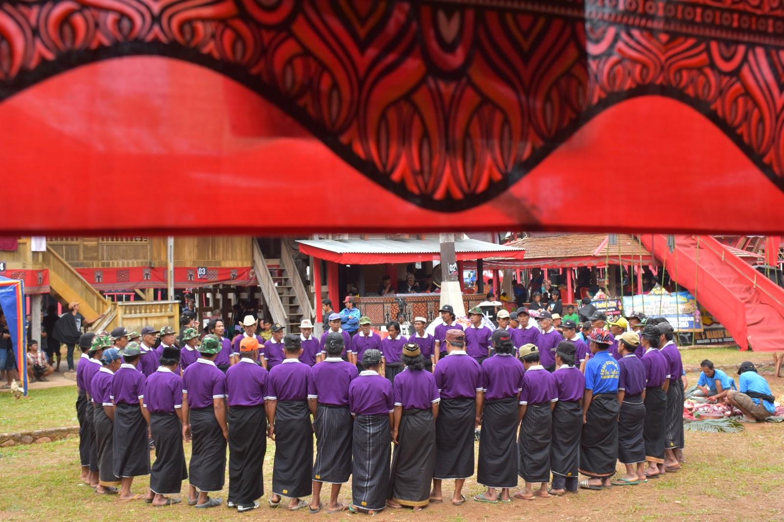 Begini Cara Masyarakat Suku Toraja Menyambut Tamu Pada Upacara Pemakaman Atau Rambu Solo