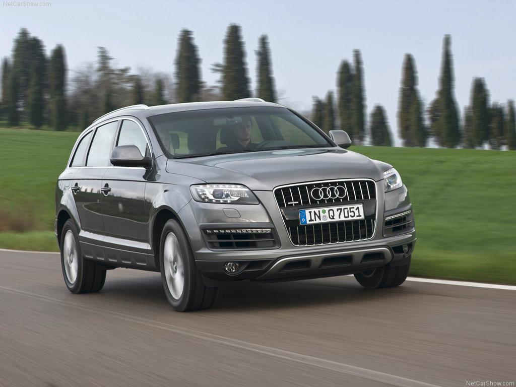 Car-Models-com: 2010 Audi Q7