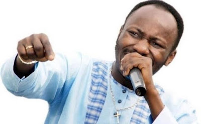 Christmas 2018: Apostle Suleman Dazzles Church Members With 2000 Bags of Rice, Cash Gifts
