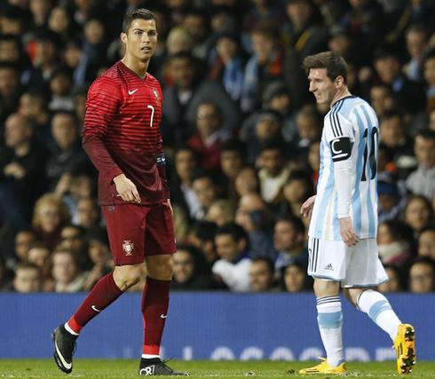 صور ميسي مع الأرجنتين ضد رونالدو مع البرتغال