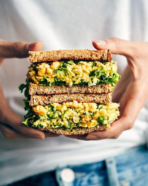 Lemon & Dill Chickpea Sandwich