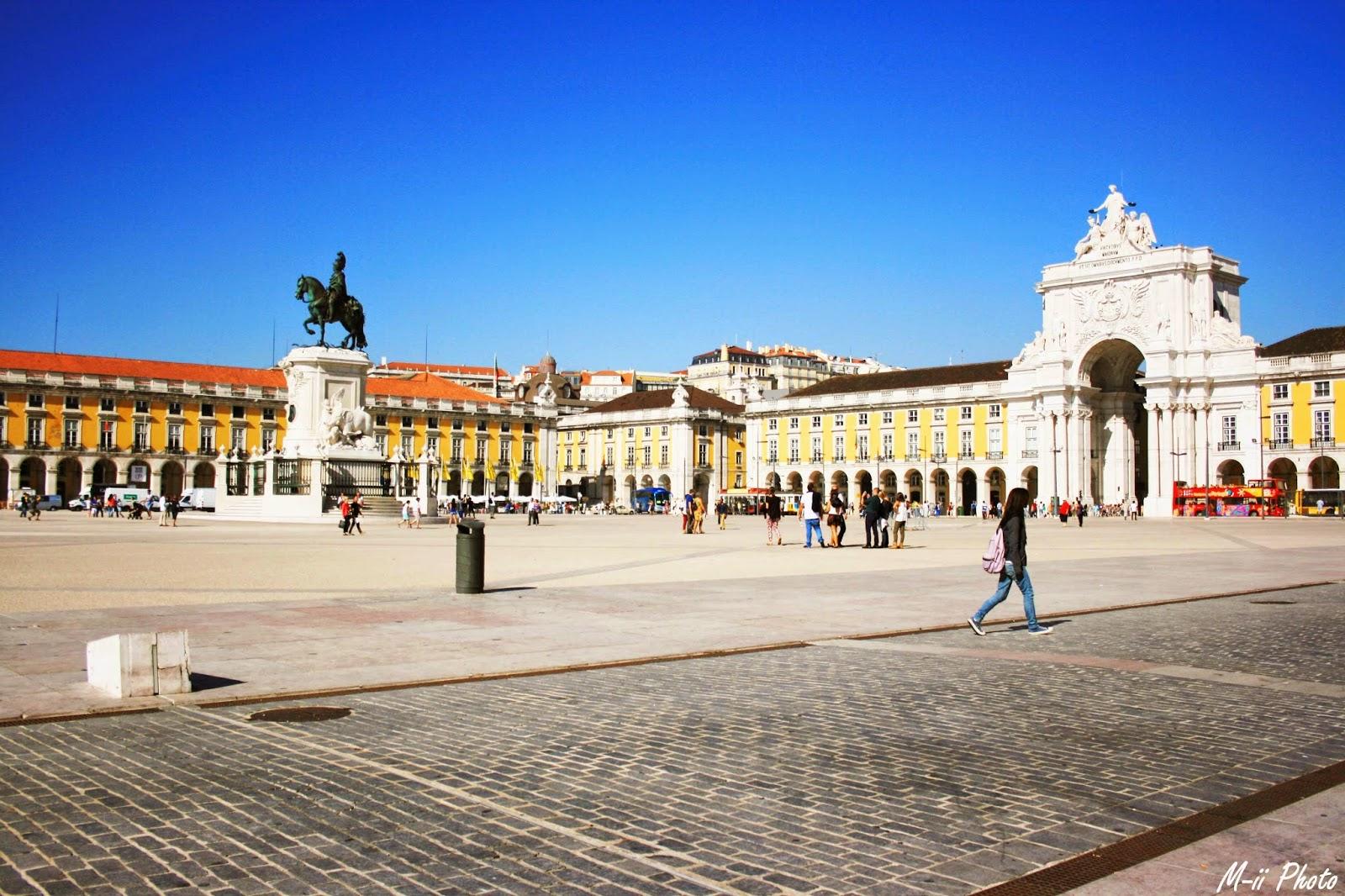 M-ii Photo : 10 choses à faire à Lisbonne Place du Commerce