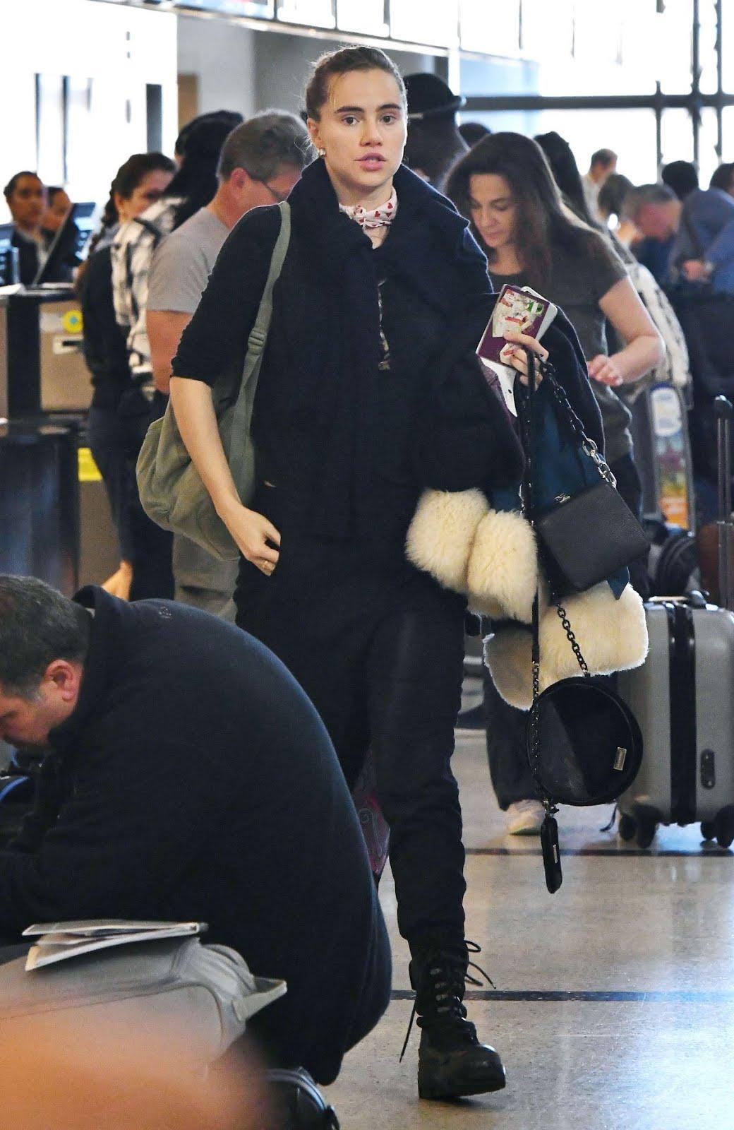 Photos of Suki Waterhouse at Los Angeles International Airport