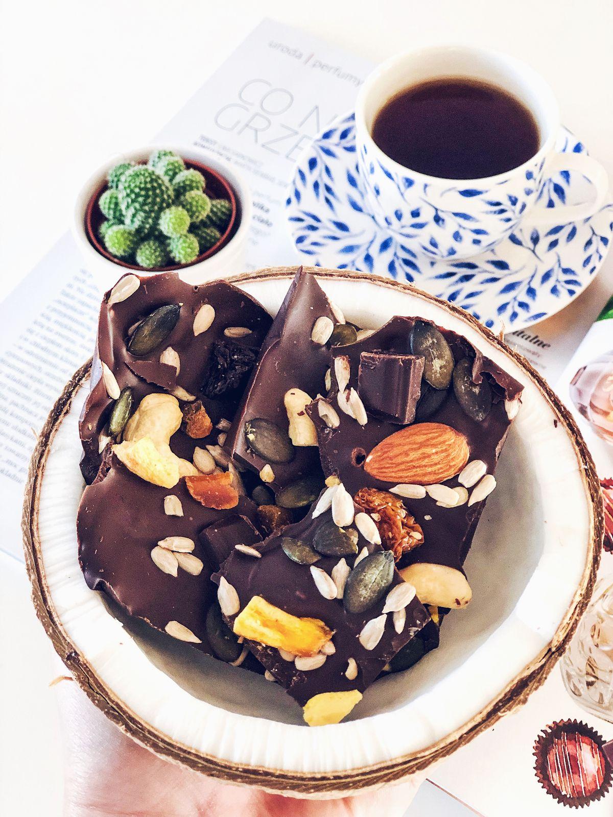 Chocolate bark, czyli czekolada z bakaliami w zaskakującej formie.