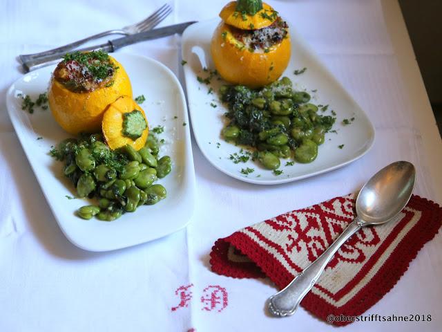Gefüllte Zucchini mit Mangold