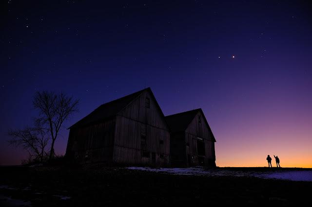 Sao Mộc và Sao Kim giao hội trên bầu trời năm 2012. Hình ảnh: Guillaume Piulin.
