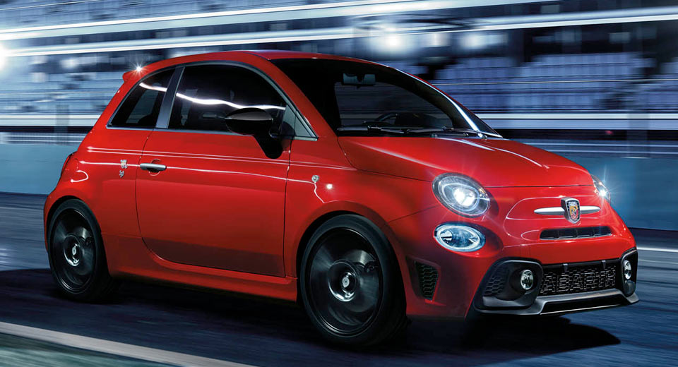 abarth 39 s zipping off to geneva with a racy new 595 pista. Black Bedroom Furniture Sets. Home Design Ideas
