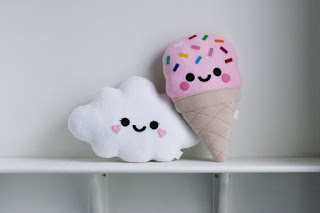 White Cloud Cushion, Happy Face Pillow, Kawaii Pillow Pretty New