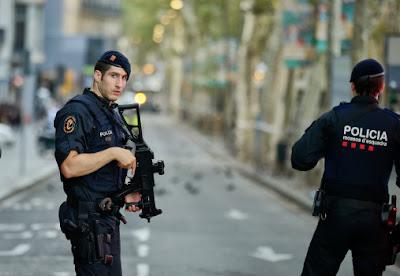القبض على محمد على, منزل محمد على, برشلونة, السفارة المصرية, السلطات الاسبانية,